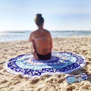 סיאסטה – מגבת חוף עגולה עם גימ