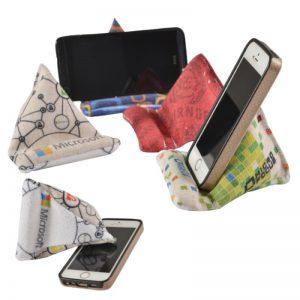 מעמד פוף לפלאפון עם מנקה מסך – מבית EMMA HANSSON